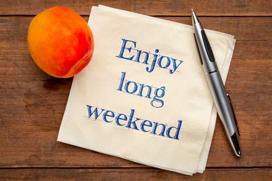 enjoy long weekend note on napkin